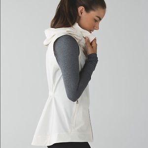 Lululemon Go The Distance vest - authentic
